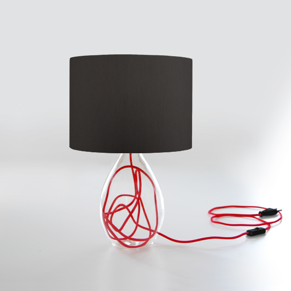 tischleuchte mit schirm und glasfuss. Black Bedroom Furniture Sets. Home Design Ideas